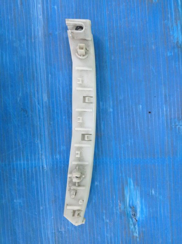 Крепление бампера Nissan Ad VY12 HR15DE 2009 переднее левое (б/у) 62223CV000