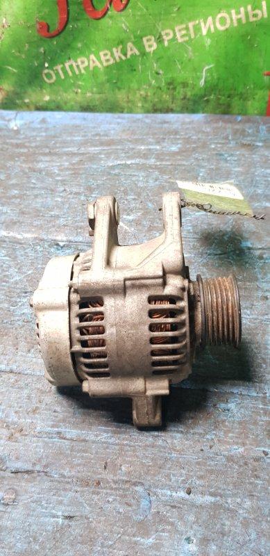 Генератор Toyota Passo KGC10 1KR-FE 2007 (б/у) 27060-B1010. 3 контакта.