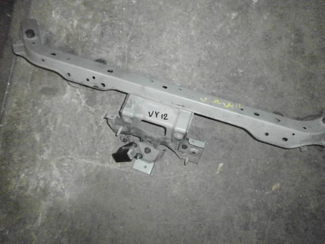 Планка замка капота Nissan Ad DBF-VY12