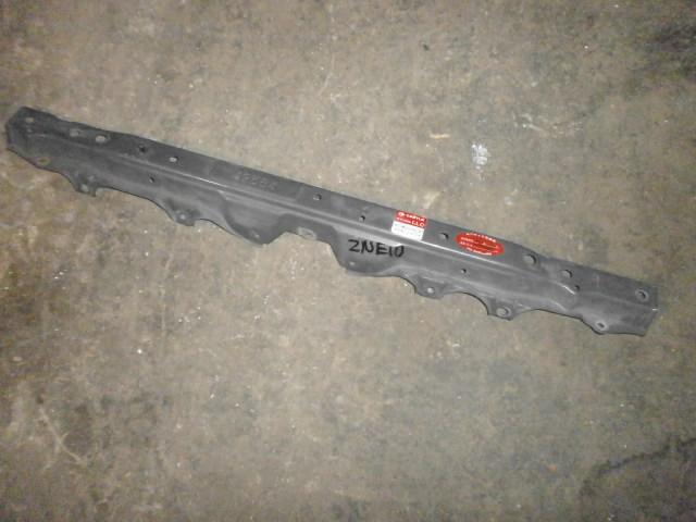 Планка замка капота Toyota Wish ZNE10 1ZZ