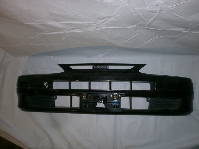 Бампер Toyota Levin AE110 передний