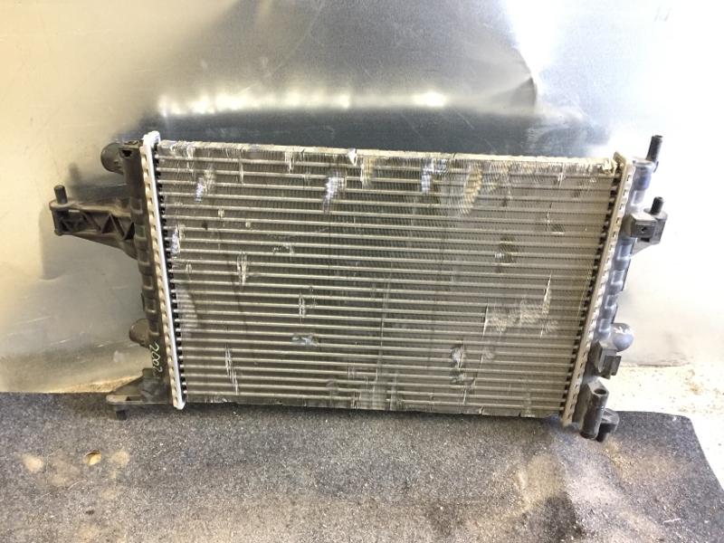 Радиатор охлаждения Opel Corsa ХЕТЧБЕК 1.2 2002 (б/у)