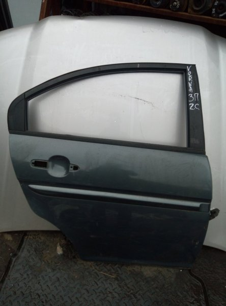 Дверь Hyundai Verna СЕДАН 2006 задняя правая (б/у)