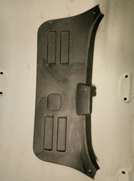 Обшивка крышки багажника Hyundai Tucson (б/у)