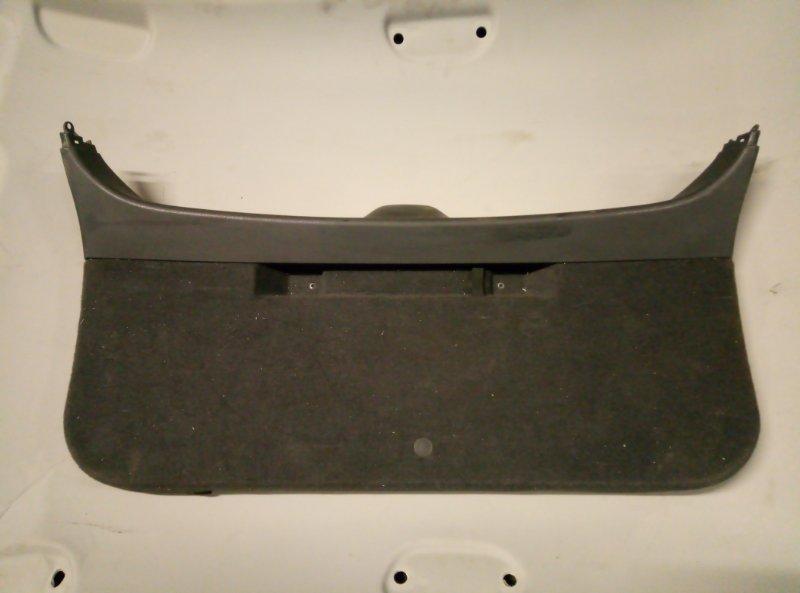 Обшивка крышки багажника Opel Astra H УНИВЕРСАЛ (б/у)