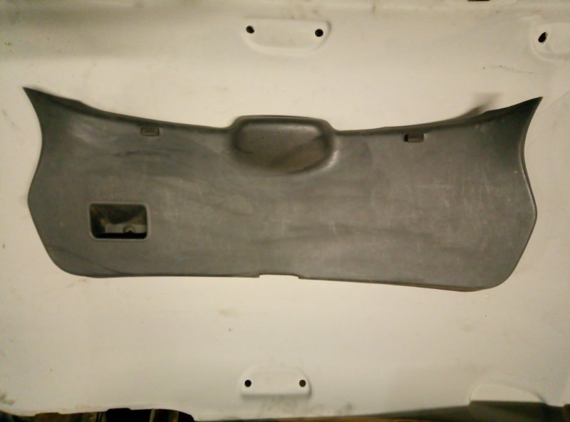 Обшивка крышки багажника Nissan Qashqai (б/у)