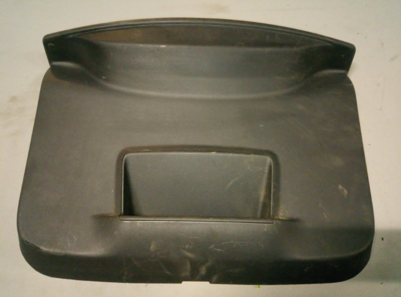 Обшивка крышки багажника Renault Duster (б/у)