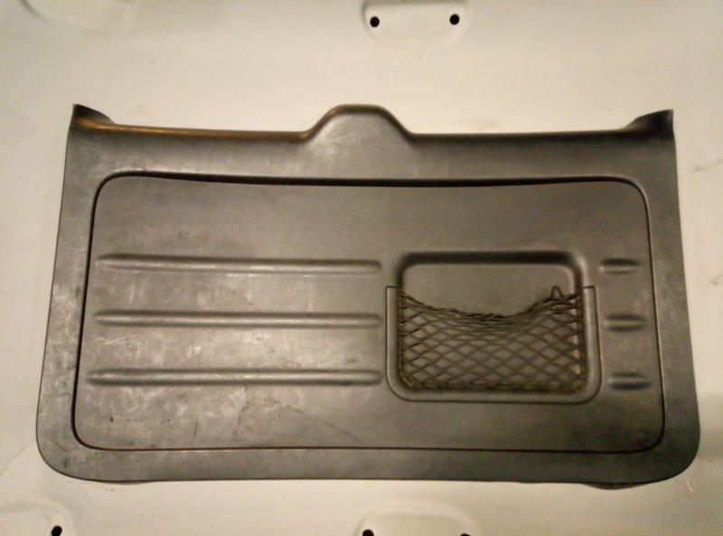 Обшивка крышки багажника Toyota Rav 4 Xa 20 (б/у)