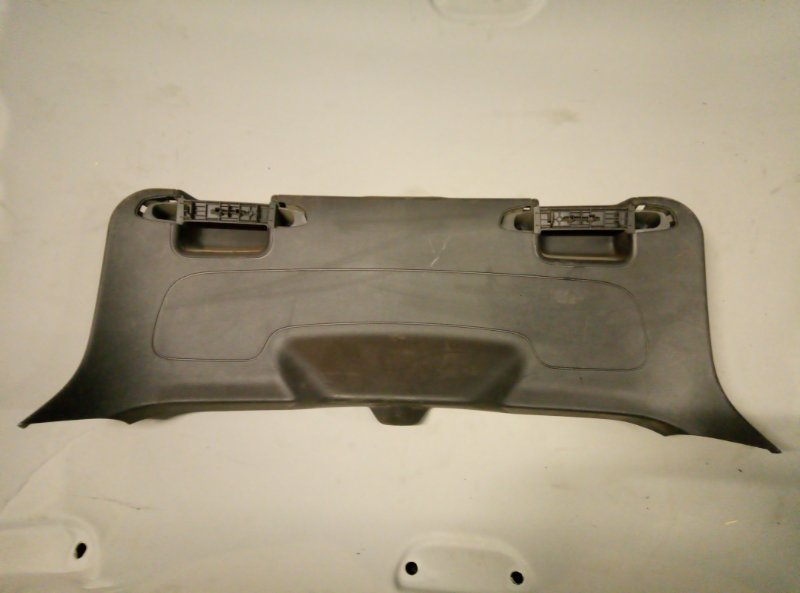 Обшивка крышки багажника Ford Focus 3 ХЭТЧБЕК (б/у)