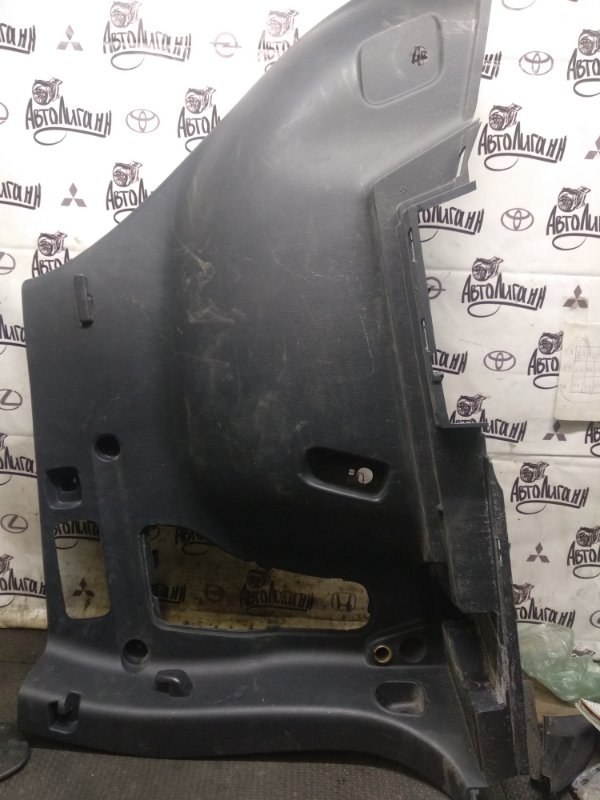 Обшивка багажника Toyota Rav 4 Xa 30 3ZR 2012 задняя левая (б/у)
