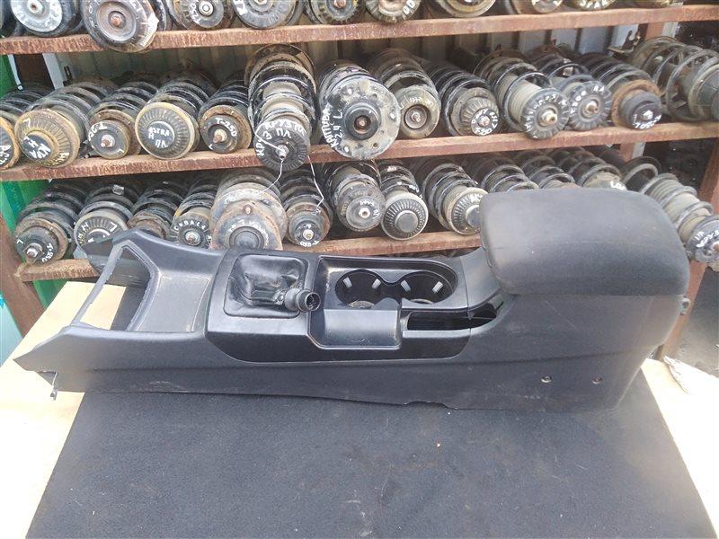 Центральная консоль Hyundai Elantra 2008 (б/у)