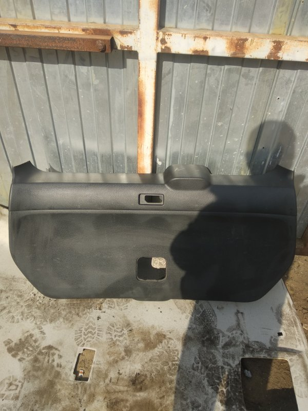 Обшивка крышки багажника Nissan X-Trail (б/у)