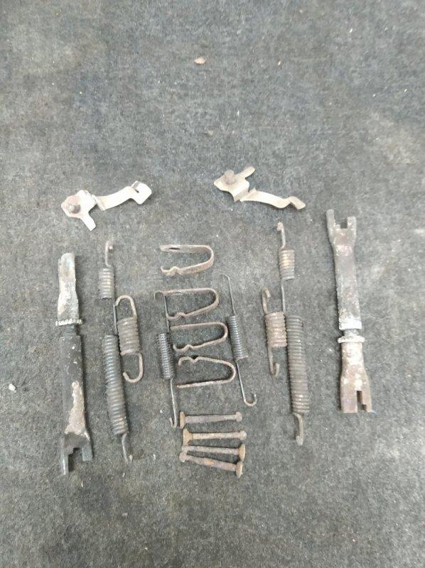 Механизм ручного тормоза Hyundai Getz G4EE 2008 (б/у)