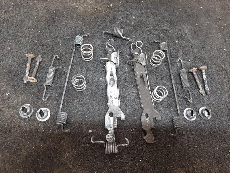 Механизм ручного тормоза Renault Logan K7MF710 2014 (б/у)