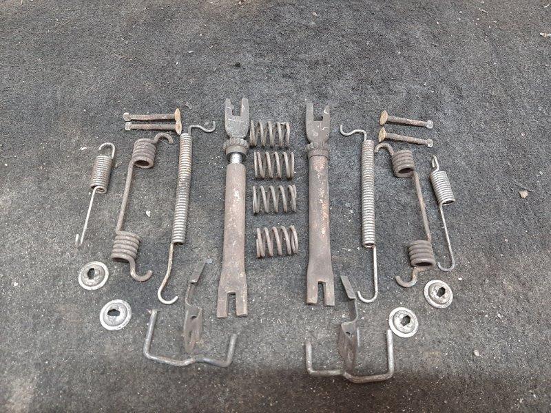 Механизм ручного тормоза Chevrolet Aveo T 250 B12D1 2009 (б/у)