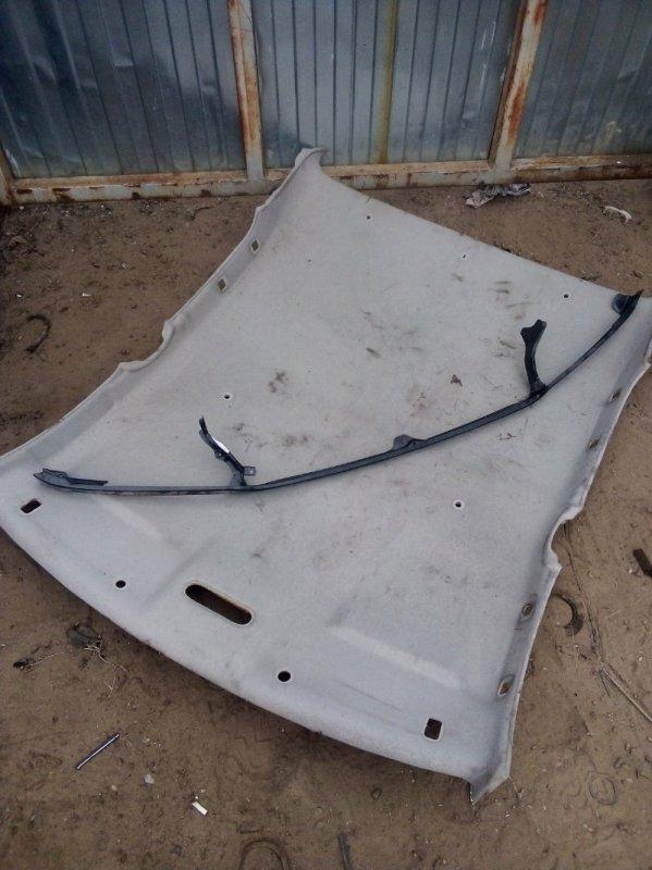 Панель под решетку радиатора Toyota Land Cruiser 100 ВНЕДОРОЖНИК 1998 (б/у)