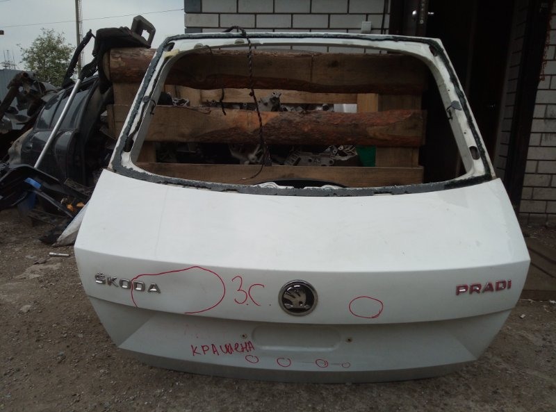 Крышка багажника Skoda Rapid CFN 2014 (б/у)