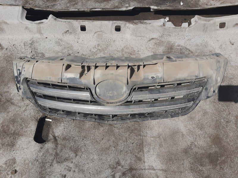 Решетка радиатора Toyota Corolla 150 (б/у)