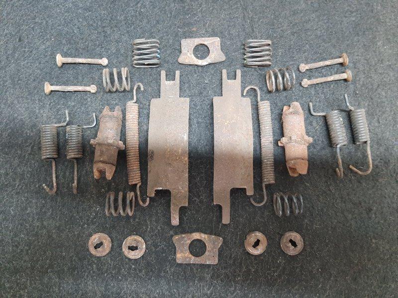 Механизм ручного тормоза Hyundai I20 G4FA 2009 (б/у)