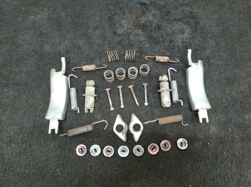 Механизм ручного тормоза Mitsubishi Pajero 4 6G74 2012 (б/у)