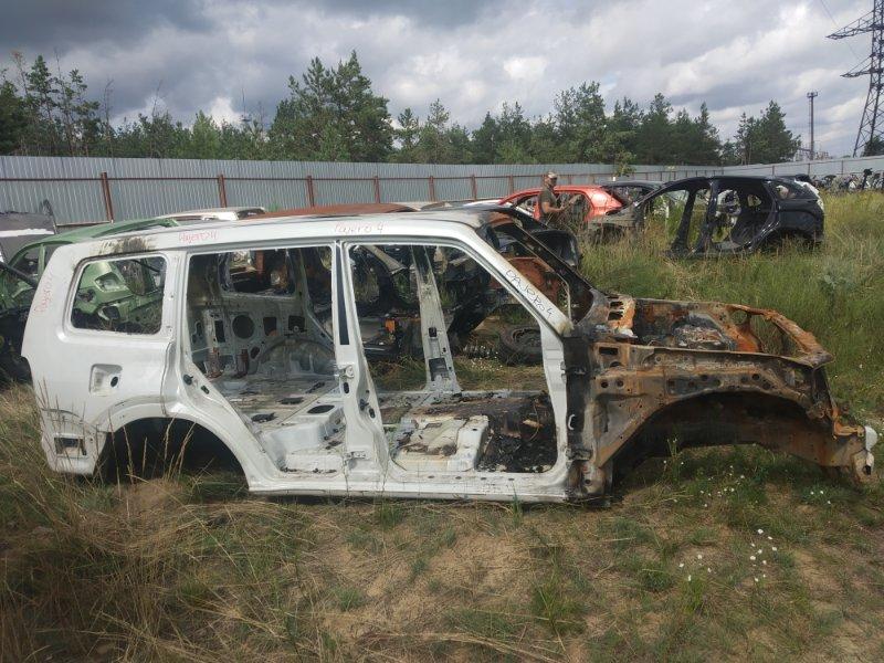 Кузов Mitsubishi Pajero 4 6G74 2012 (б/у)