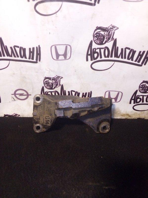 Кронштейн двигателя Opel Astra H (б/у)