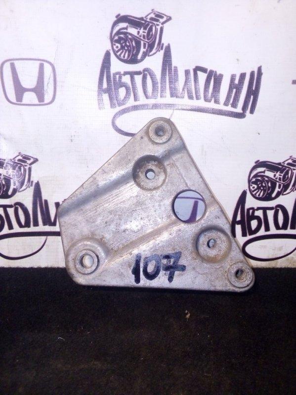 Кронштейн компрессора кондиционера Peugeot 107 (б/у)