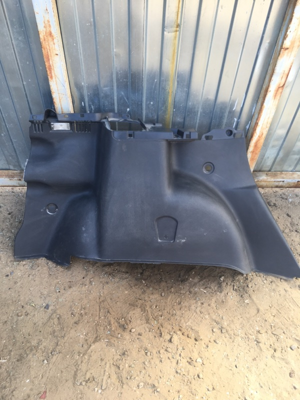 Обшивка багажника Renault Duster K4MA690 2014 задняя левая (б/у)