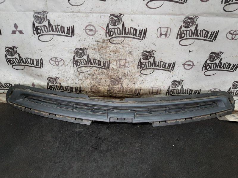 Решетка радиатора Chevrolet Cobalt B15D2 2013 (б/у)