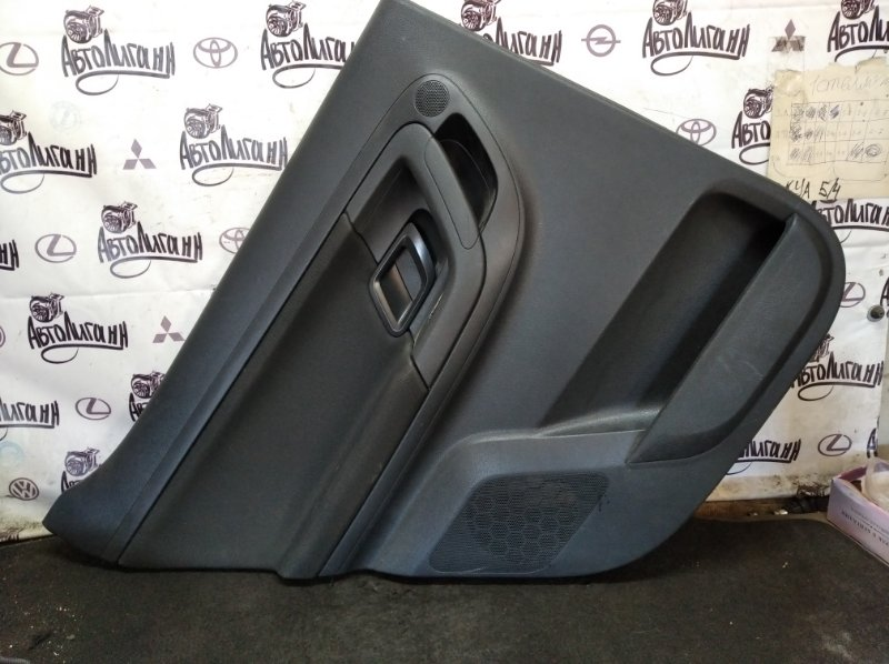 Обшивка двери Skoda Fabia CFN 2011 задняя левая (б/у)