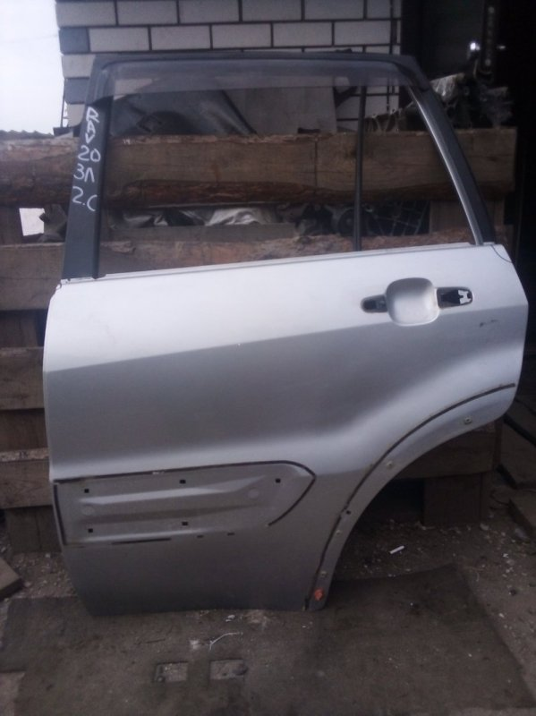 Дверь Toyota Rav 4 Xa 20 1AZFE 2000 задняя левая (б/у)