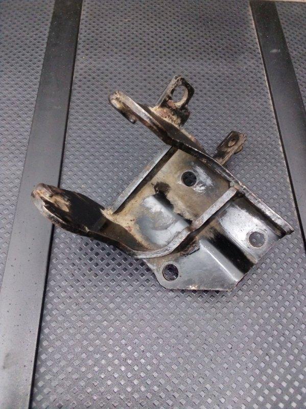 Кронштейн кпп Hyundai Elantra 1.6 2009 задний (б/у)
