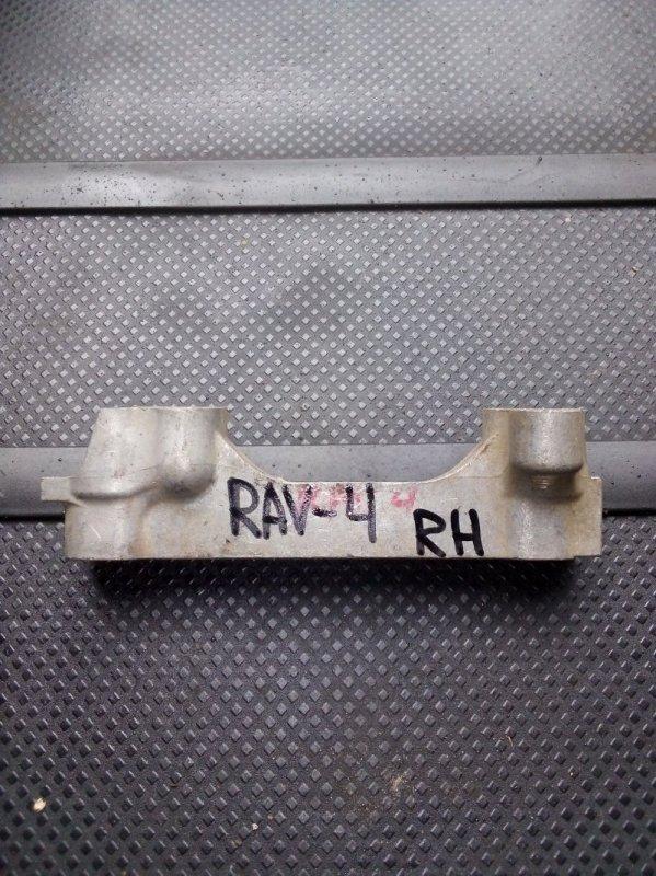 Кронштейн двигателя Toyota Rav 4 2.0 (б/у)