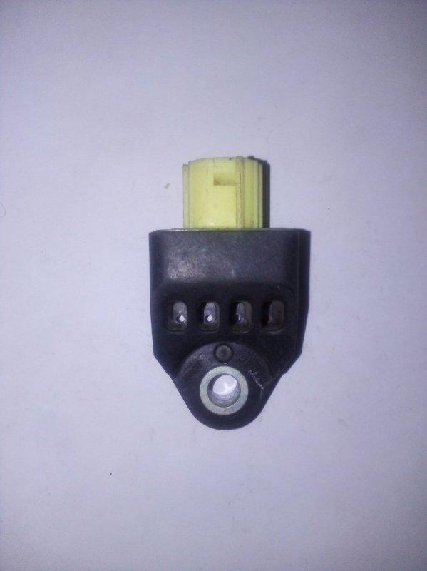 Датчик airbag Toyota Camry V-40 (б/у)