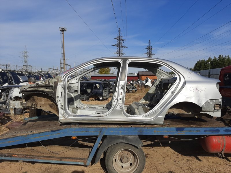 Кузов Chevrolet Cobalt B15D2 2013 (б/у)