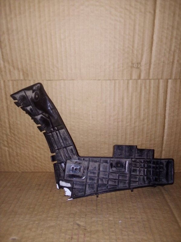 Кронштейн бампера Suzuki Sx 4 ХЭТЧБЕК задний правый (б/у)