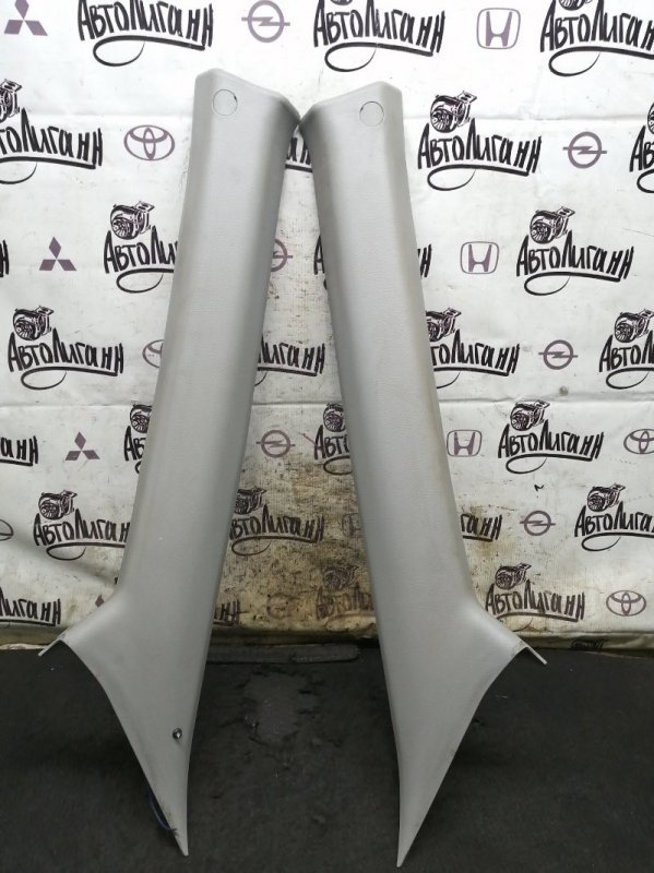 Обшивка стойки лобового стекла Ssang Yong Actyon Sports 2 D20DTR 2012 передняя (б/у)