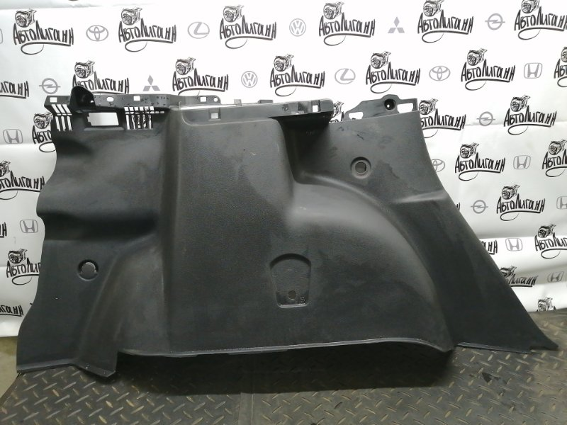 Обшивка багажника Renault Duster F4RA400 2012 задняя левая (б/у)