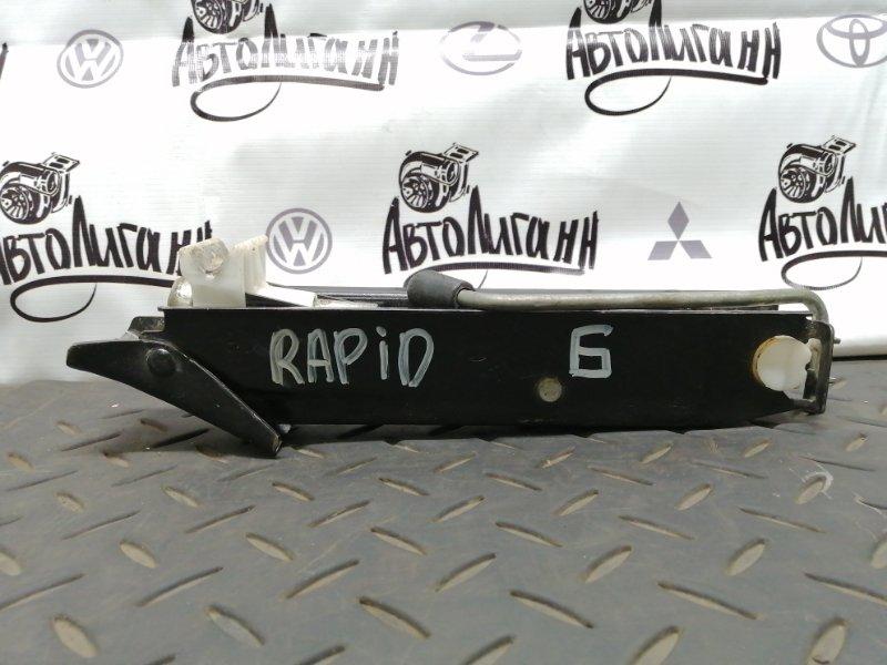 Домкрат Skoda Rapid (б/у)