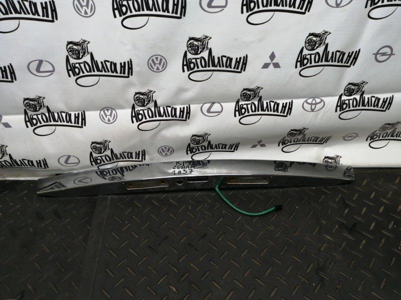 Молдинг крышки багажника Chevrolet Cruze СЕДАН Z18XER 2013 задний (б/у)