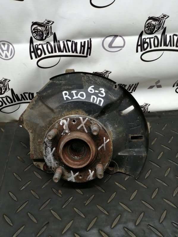 Кулак поворотный (цапфа) Kia Rio СЕДАН G4FC 2012 передний правый (б/у)