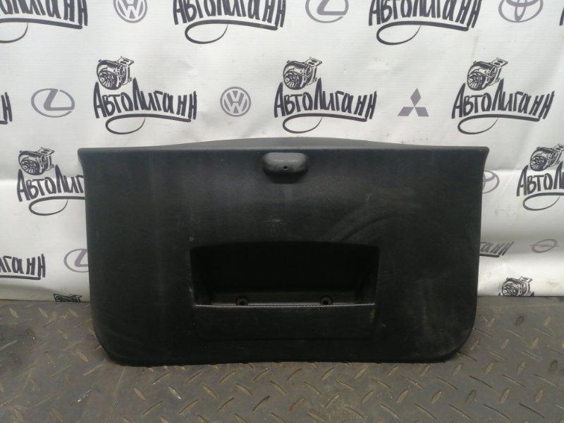 Обшивка крышки багажника Renault Sandero K7JA710 2013 (б/у)