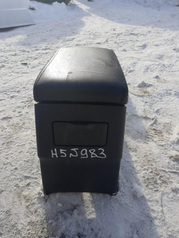 Центральная консоль Great Wall Hover H5 4G69S4N 2011 (б/у)