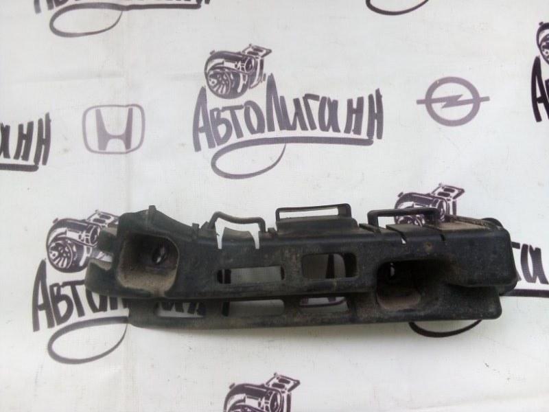 Кронштейн бампера Chevrolet Cruze СЕДАН 2004 задний левый (б/у)