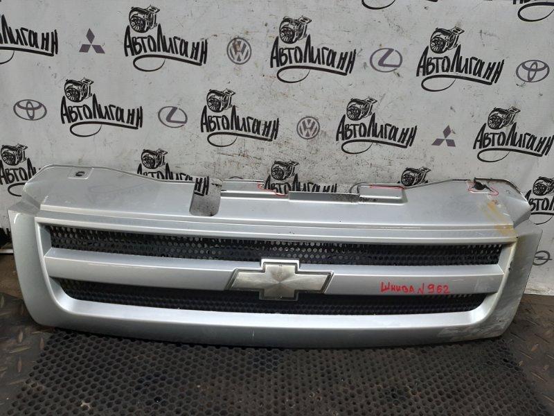 Решетка радиатора Chevrolet Niva 2123 2008 (б/у)