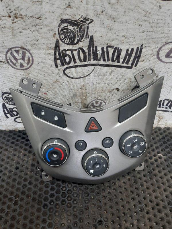 Блок управления кондиционером Chevrolet Aveo T300 СЕДАН F16D4 2013 (б/у)