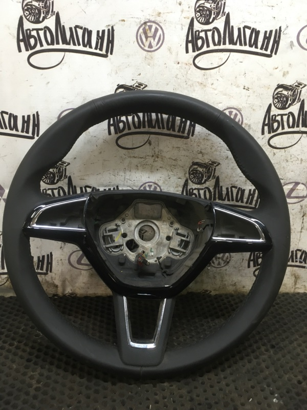 Руль Skoda Octavia A7 (б/у)