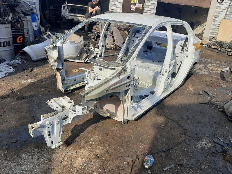 Кузов Renault Logan 2 K7MA812 2018 (б/у)