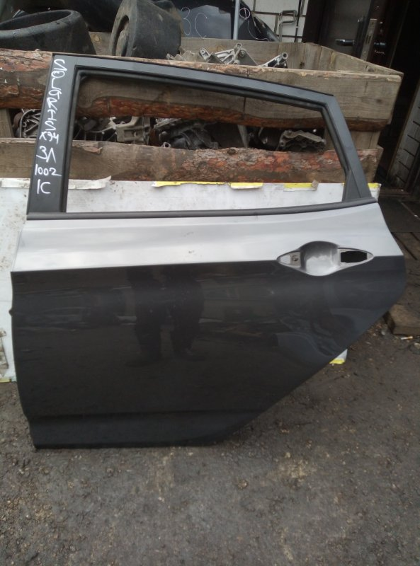 Дверь Hyundai Solaris ХЭТЧБЕК G4FA 2011 задняя левая (б/у)