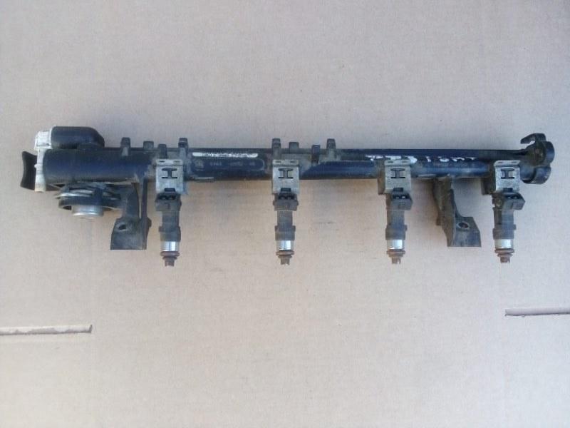 Топливная рампа Ford Focus 2 Plus 1.6 2010 (б/у)